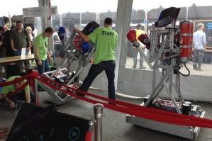 maker-faire-boxing-bots