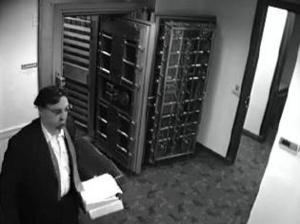 Natick-robbery-suspect-092113