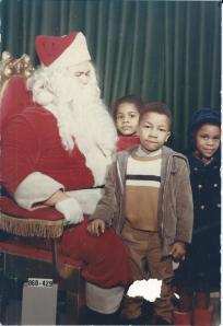 Felina Johnny and Jackie see santa