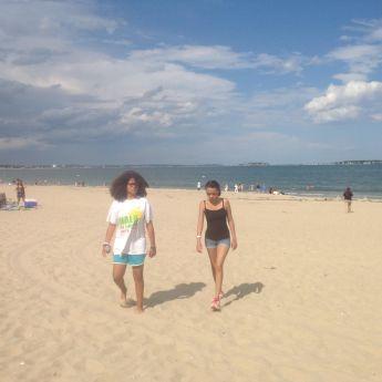 ari and lea on the beach 07-24-15
